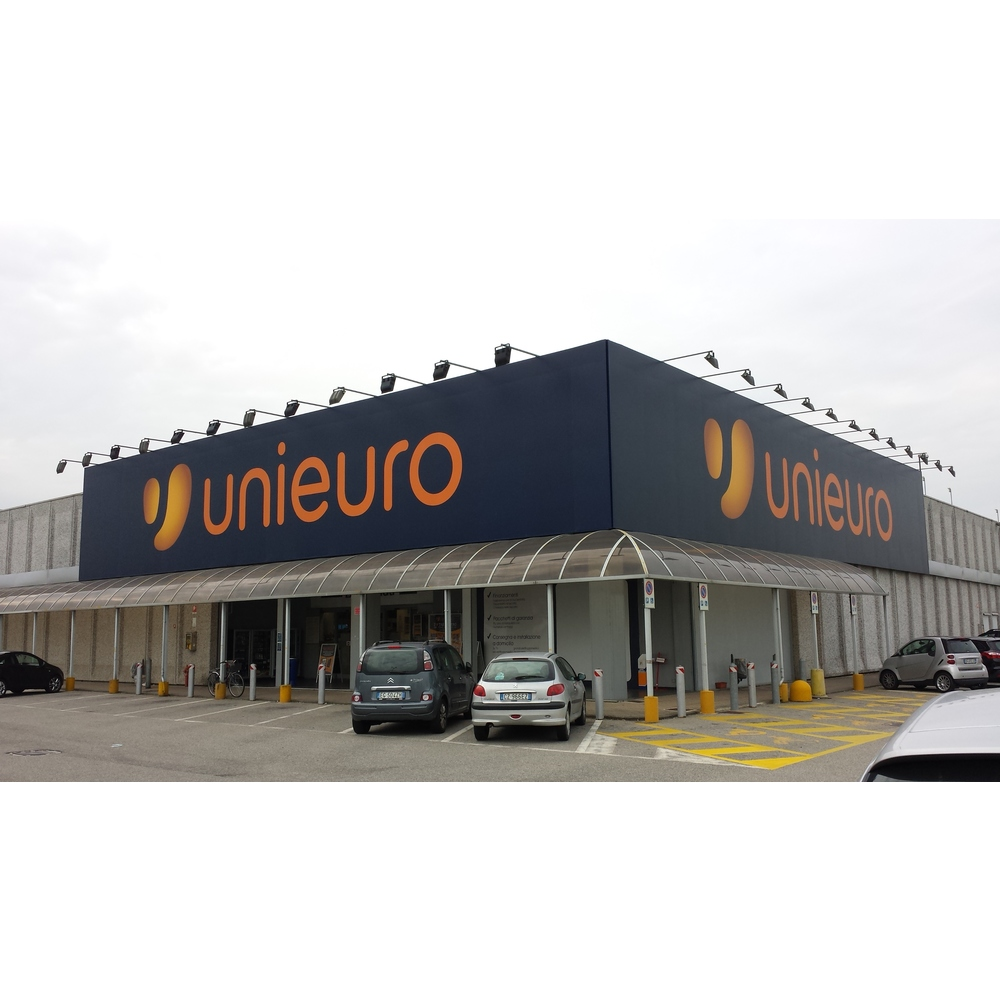 Unieuro Novara - via Enrico Mattei
