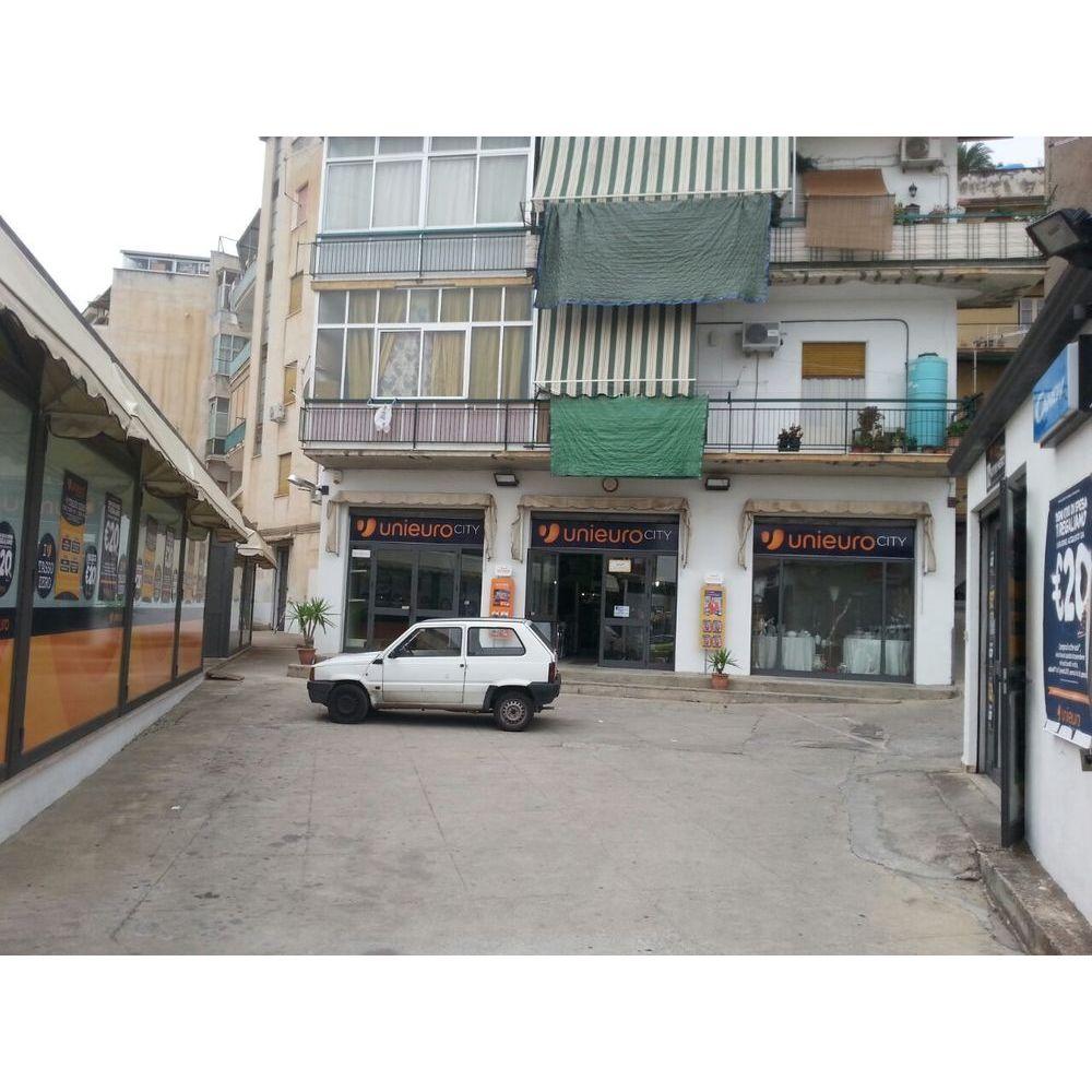 brunico negozi via centrale palermo - photo#2