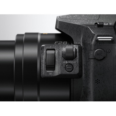 Panasonic Lumix DMC-FZ300 Fotocamera Bridge 12.1MP 1/2.3